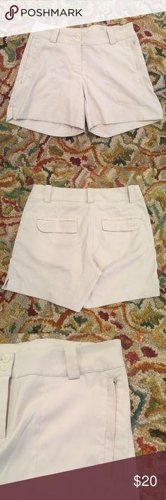 Nike GOLF Tour Performance Dri Fit Size 2 2 Front Zip Pockets, 2 Flap Pockets, 5 Belt Loops, Side Slit On Shorts. Nike Shorts