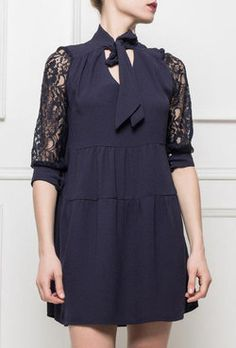 robe manche dentelle - col lavallière - robe noire Glamour, Cold Shoulder Dress, Dresses, Fashion, Dress Black, Spring Summer, Lace, Sleeve, Moda