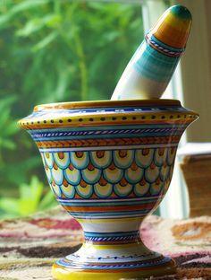 Deruta Raffaellesco Vintage Mortar and Pestle Under The Tuscan Sun, Succulent Centerpieces, Kitchen Collection, Mortar And Pestle, Summer Art, Hand Painted Ceramics, Pottery, Pharmacy Humor, Tupperware