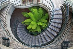 Embarcadero Center Stairs:  12 Staircase Designs That Practically Make Us Dizzy With One Look (PHOTOS)