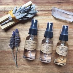 MINI HYDROSOL TRIO SET>> ROSE  MINT  ORANGE BLOSSOM  pure botanical extract... No essential oils needed  #hydrosol #botanical #plantextracts #vegan #greenbeauty #veganbeauty #veganfriendly #crueltyfree #leapingbunny #leapingbunnycertified #vsco #vscocam #afterlight #rose #orangeblossom #mint #skincare #etsy #etsyshop #distilled by soapylayne