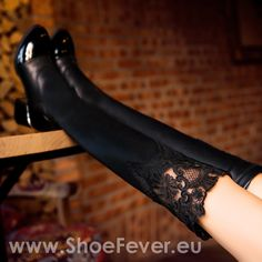 Cizme peste genunchi StillusD @ShoeFever.eu Stockings, Shoes, Fashion, Socks, Zapatos, Moda, Shoes Outlet, La Mode, Shoe