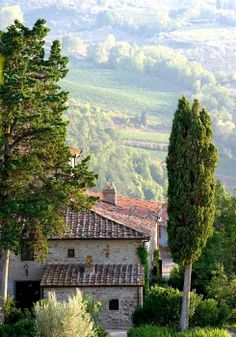 Tuscan farmhouse - please let this be my home one day lol