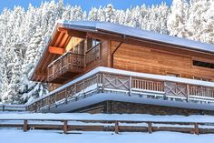 Chalet Le Torrent has a medium tone cladding.