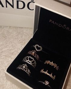 Pandora Jewelry is recognized for its elegant and classic style. The collection of Pandora has more than 600 charms and matching jewelry to choose from. The amazing and nice thing about Pandora Jewelry Cute Jewelry, Bridal Jewelry, Jewelry Accessories, Jewelry Design, Pandora Bracelets, Pandora Jewelry, Charm Bracelets, 3d Printed Jewelry, Accesorios Casual