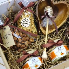 Эко продукты в подарочной наборе с доставкой по всей беларуси. С заботой о ваших близких.