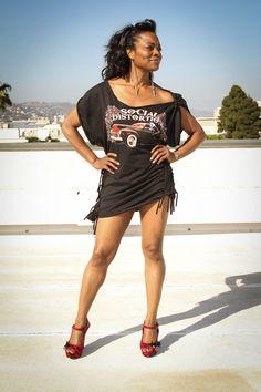Black, Custom Made, Sexy, Concert Cut Tshirt Dress with Side Cut-out Tie detailing New Casual Fashion, Diy Fashion, Fashion Outfits, Camo Fashion, Shirt Refashion, T Shirt Diy, Diy Clothing, Custom Clothes, Cut Up T Shirt