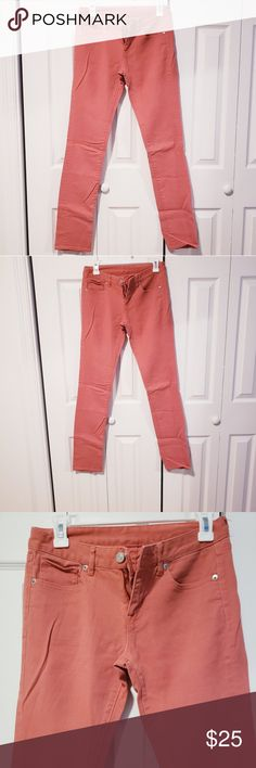 best authentic 72d4b c9e1b Womens Uniqlo Jeans Womens Uniqlo straight leg Jean s. Size 25x 34. Great  condition,