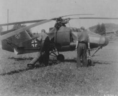 Allied troops examine a captured German Fl 282 Kolibri in France, 1945. The Fl 282 was the world's first series-produced helicopter. (Photo)