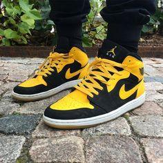 #men's #male's #sneakers  #Yellow #shoes  #casual shoes #favorite #design #fashion #ideas #style #cool #footwear Jordan Retro, Jordan 1, Michael Jordan, Balenciaga, Shoe City, Nike Shoes, Sneakers Nike, Converse, Air Jordans