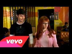 Avril Lavigne - Girlfriend - YouTube