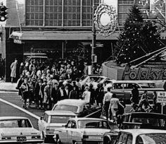 Downtown Akron - Christmas :: General Photograph Collection of the Akron-Summit County Public Library Akron Ohio, Cleveland Ohio, Portage Lakes, Cuyahoga Falls, Summit County, Photo Journal, Old Pictures, Historical Photos, Small Towns