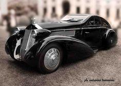 Rolls Royce by antonino tumminia...okay, I had to look this one up.  1925 Rolls Royce Phantom.  Serious yum!
