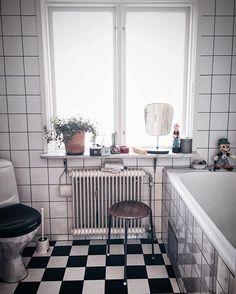#retrobathroom #bathroom #retro #blackandwhite #funkis #badrum #funkishus #1930tal