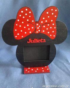 Portarretratos Souvenirs Mickey - Minnie en Isidro Casanova