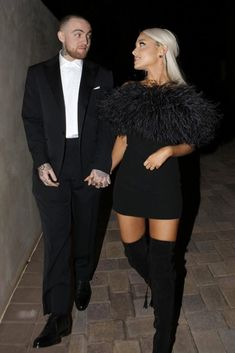 Rapper Mac Miller and singer Ariana Grande are seen attending an Oscar party on March 2018 in Los Angeles, California. Get premium, high resolution news photos at Getty Images Ariana Grande Images, Ariana Grande Outfits, Ariana Grande Mac, Mac Miller Ariana, Black Feather Dress, Black Feathers, Mac Miller Albums, Grandes Photos, Saint Laurent Dress