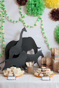 Animals safari party table
