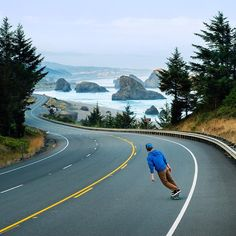 Highway 101 in Oregon. Roads this iconic were designed to be skated | Photo by @TravisBPhoto on Twitter