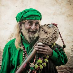 Pakistani sufi music player!