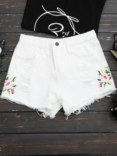 SHARE & Get it FREE | Frayed Hem Floral Embroidered Ripped Shorts - WhiteFor Fashion Lovers only:80,000+ Items • New Arrivals Daily Join Zaful: Get YOUR $50 NOW!