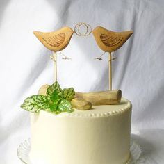 Natural Wedding Cake Topper with Gold Rings and Love Birds, Eco Friendly Rustic Cake Topper, Woodland Decor / Anniversary Gift