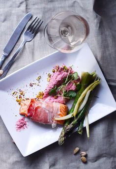 almon with speck , green asparagus and pistachios , and for that beet hummus ! perfect !