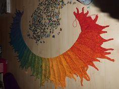 Ravelry: Drachenfeuer / Dragonfire pattern by Nadine Schwingler