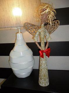 anjo descabelado em papel reciclado por Elmar. Oficina D´Artes