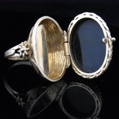 Poison Ring Onyx 14k Yellow Gold Large Cocktail by sohojewelers