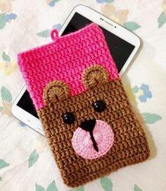 Crochet Phone Cover, Crochet Pouch, Crochet Purses, Cute Crochet, Crochet Crafts, Crochet Toys, Crochet Projects, Knit Crochet, Crochet Purse Patterns