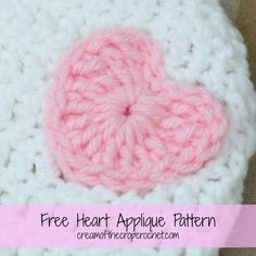This heart applique is easy and simple. Make this crochet heart in less than 2 minutes!