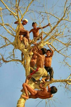68 Ideas For Poor Children Bangladesh Kids Around The World, We Are The World, People Around The World, Poor Children, Precious Children, Beautiful Children, Village Photography, Flying Photography, Beauty Of Boys