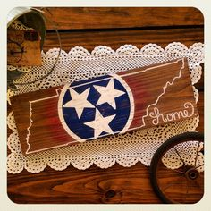 Red White & Blue Distressed Tennessee State by PickinWildflowersTN