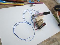 Jotta Live - Kinetic Drawing machine workshop - no instructions but can see from pic