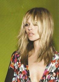 love, kind of tom boyish, but feminine. love, kind of tom boyish, but feminine. Good Hair Day, Great Hair, Hair Inspo, Hair Inspiration, Kate Moss Hair, Layered Hair, Gorgeous Hair, Hair Goals, New Hair