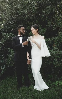 Romantic Minimalist Styled Inspiration | Minimalist Wedding | Minimal Bride | Romantic Wedding | Photographer: A Sea of Love | Planning + Styling: Bash Co. Events | Model + Stylist: The Anti Color | Hair + Makeup: Walter Fuentes | Dress: by Houghton | a&bé bridal shop