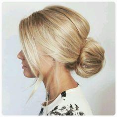 """30 mentions J'aime, 1 commentaires - CFH Care For Hair (@cfhcareforhair) sur Instagram: """"Beautiful bun! #bun #bunsofinstagram #lowbunhairstyle #lowbun #updo #classic #classicupdo…"""""""