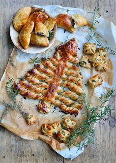 Christmas Food Treats, Xmas Food, Christmas Stuff, I Love Food, Good Food, Yummy Food, Lamb Shank Recipe, Carbonara Recept, Braised Lamb