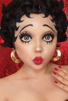 39 Sexy Halloween Makeup Looks That Are Creepy Yet Cute Sexy Halloween Make-up Looks, die gruselig und doch süß sind ★ See more: . Doll Face Makeup, Eye Makeup, Makeup Art, Makeup Brushes, Scary Makeup, Cute Doll Makeup, Baby Doll Makeup, Creepy Doll Makeup, Beauty Makeup