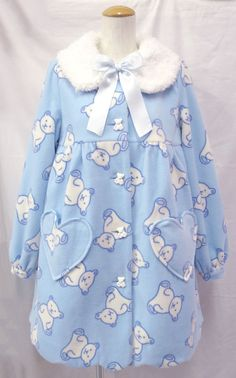 This looks snuggly! Harajuku Fashion, Kawaii Fashion, Lolita Fashion, Cute Fashion, Fashion Outfits, Modest Fashion, Pastel Fashion, Kawaii Clothes, Japanese Fashion