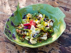 Jarní salát s pampeliškovými kapary I Chef, Cobb Salad, Food, Meal, Essen