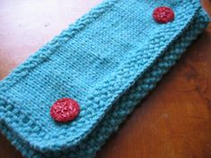 adorable knitted clutch free knitting pattern