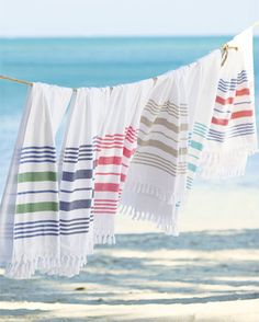 Discover beautiful designer beach towels and beach chairs today in the Serena & Lily collection. Shop now and lounge in style on your next beach trip! Clothes Line, Clothes For Women, Beach Clothes, Last Minute Vacation, Southern California Beaches, Turkish Cotton Towels, Beach Essentials, Beach Picnic, Beach Accessories