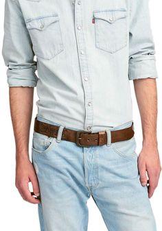 ♥ Levis Gürtel Herren ♥ mehr als nur ein Accessoire ▶ Aus dem Hause des Erfolgsproduzenten Levi's Jeans kommen schon lange nicht mehr nur die beliebten Levi's Jeans, sondern auch trendige Herren Gürtel! Gefunden bei Jeans-Meile.