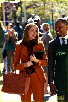 Rose Byrne and Jamie Foxx- Annie set wearing Onna Ehrlich Joss bag in dotted leather