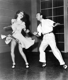 Fred Astaire Dancing | You'll Never Get Rich (1941)- Sidney Lanfield