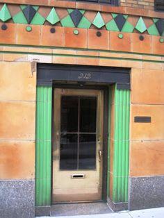 Daytonian in Manhattan: Blum & Blum's Jazzy No. 210 East 68th Street