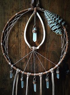 Inspiration, love the crystals #dreamcatcher