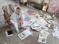 Jenny Saville in her studio. (bron: Clara Lieu ) Jenny Saville in her Oxford studio. Jonathan Meese, Jenny Saville, Daniel Richter, Atelier Creation, Pop Art, Painters Studio, Gallery Of Modern Art, Art Gallery, In The Flesh