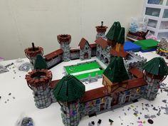 Lego Castle, Dumpster Fire, Lego Moc, Medieval Castle, Lego Building, Lego Creations, Legos, Diorama, Castles